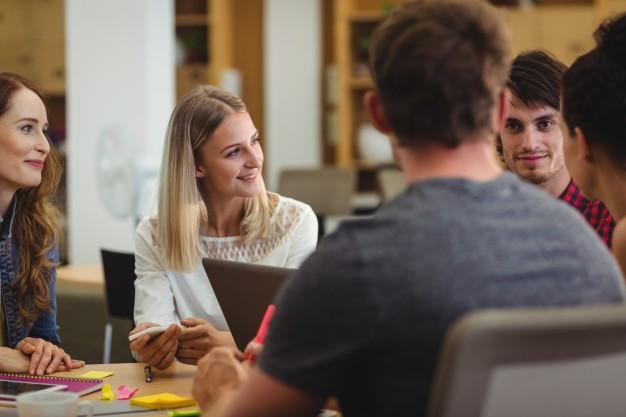 construire une bonne conversation entre amis