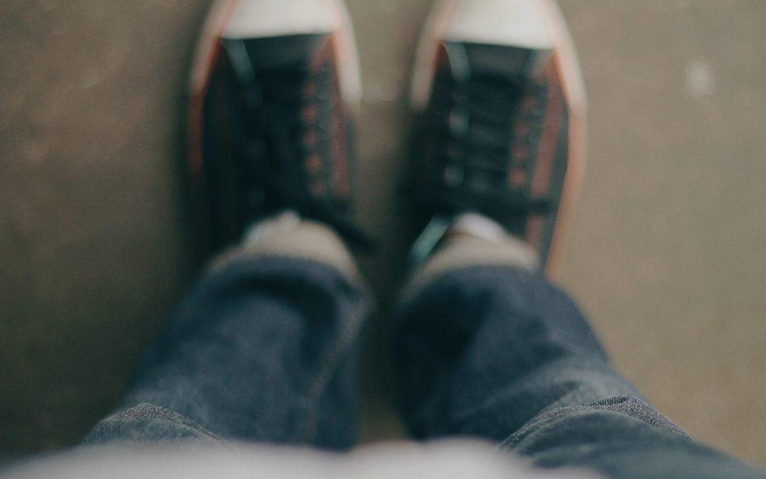 Ne pas avoir les jambes qui tremblent debout