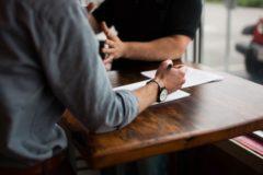 Entretien d'embauche : quailtés et défauts - 4 conseils