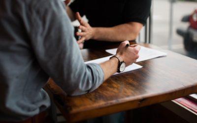 Entretien d'embauche : quailtés et défauts – 4 conseils