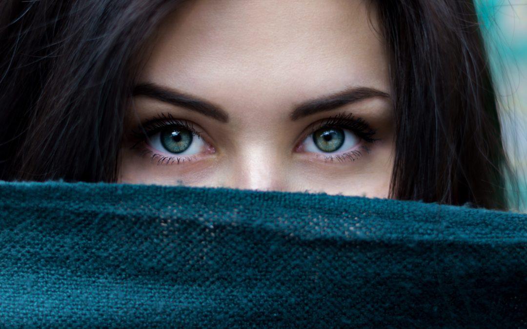 Femme introvertie : introverti extaverti